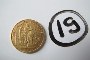 1 Pièce en or 22 k de 20 frs de 1875. PB 6,4g