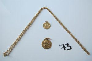 """1 Chaine en or maille forçat(L50cm),2 médailles en or (1 à décor d'un ange gravée""""Florence"""", 1 à décor d'un ange abimée).PB 16,5g"""