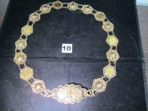 1 Ceinture filigranée en or, ornée de pièces Napoléon III (L 82cm) PB : 121,6g