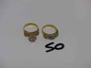 2 bagues en or ornées de petites pierre s (Td56/57, 2 chatons vides). PB 7,4g
