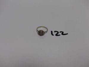 1 bague en or et platine ornée de petits diamants TL rose (1 chaton vide, Td54). PB 2,4g