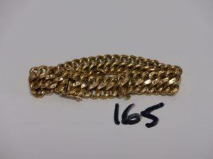 1 bracelet gourmette en or avec breloque coeur, fermoir cassé (casse). PB 21g