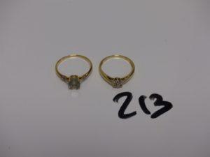2 bagues en or : 1 rehaussée d'1 pierre (Td56) 1 ornée de petits diamants (Td52). PB 4g