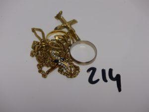 1 lot casse en or (motif central du collier avec petits diamants). PB 22,8g