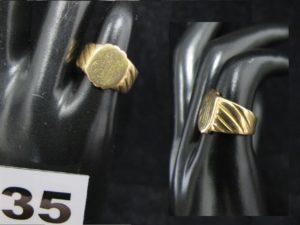 """1 Chevalière ancienne en or (poinçon tête de cheval) gravure caligraphiée """"MS"""" (TD49). PB 5,3g"""