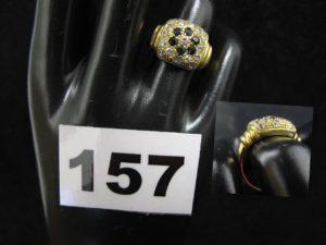 1 Bague en or, ornée de petites pierres, bicolore (TD 52). PB 5,9g