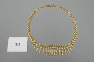 1 Collier draperie en or(L45 cm).PB 23g.