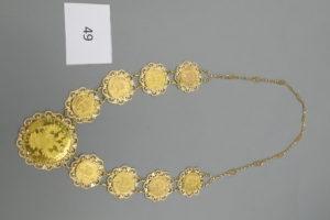1 Collier en or composé de 8 pièces en or 22 K de 20 frs et d'une pièce en or Autrichienne 22 K.PB 103 g.