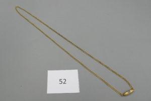 1 Chaine en or maille plate avec son fermoir fantaisie(L60cm).PB8,1g.
