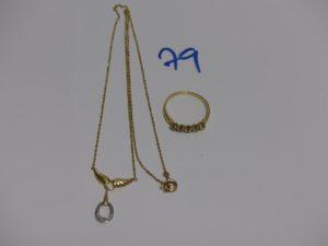 1 chaîne maille forçat motif central bicolore et orné d'un petit diamant (L44cm) et 1 bague ornée de pierres (td54). PB 5,5g