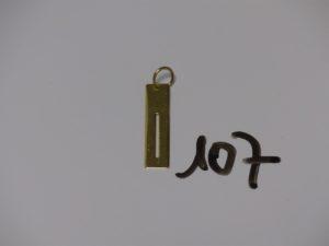 1 pendentif plaque style rasoir en or (H4cm). PB 3,9g