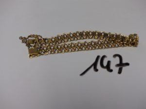 1 bracelet en or à décor de petites croix (L20cm, sécurité en métal). PB 12,4g