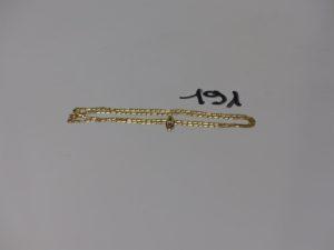 1 chaîne maille marine (L50cm) et 1 petit pendentif orné d'une pierre. Le tout en or PB 6,5g