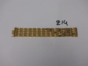 1 bracelet maille articulée et ouvragée en or (L19cm, l3cm). PB 58,4g