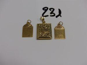3 pendentifs coran en or. PB 6,6g