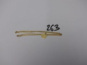 1 chaîne maille forçat (L50cm) et 1 pendentif coeur gravé. Le tout en or PB 9,6g