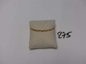 1 bracelet rigide à décor floral (diamètre 6,5cm). PB 8,9g