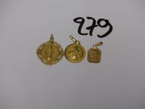 1 Lot de 3 médailles en or (1 gravée au verso). PB 5,8g