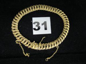 1 Bracelet maille americaine en or (L 20cm chainette de securité cassée , maill ons etirés). PB 14,4g