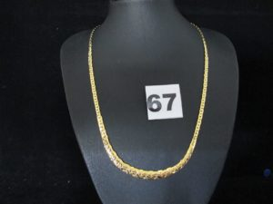 1 collier en or neuf maille haricot graduée (L 43cm). PB 6,6g