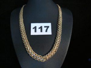 1 Collier en or maille semi-granitée graduée (L 42cm). PB 27,8g