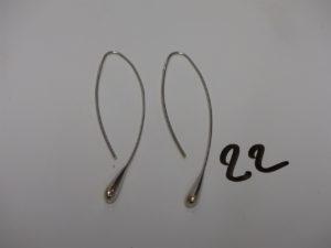1 paire de pendants en forme de goutte (système crochet). Or PB 3,7g
