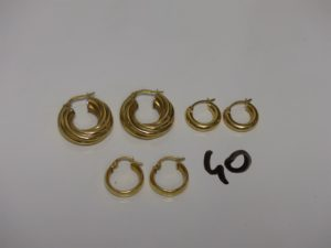 3 paires de créoles en or (2 torsadées, 2 rondes et 2 fines). PB 6,8g