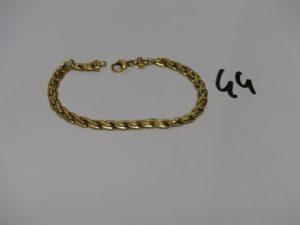 1 bracelet maille festonnée en or (L18cm). PB 7g