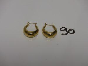 1 paire de demi-créoles allongées en or . PB 7,7g