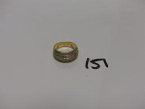 1 bague en or ornée d'1 pavage de petits diamants (Td55). PB 6,3g