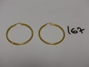 1 paire de créoles en or (diamètre environ 4cm). PB 2,3g