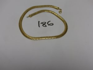 1 collier maille serpent en or (L42cm). PB 27,2g