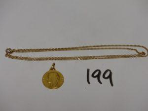 1 chaîne maille gourmette en or (L58cm) et 1 médaille de la Vierge gravée au verso en or. PB 9,3g