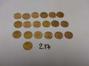 19 pièces de 20Frs en or : 7NAPIII (1856A/1856B/1857AX2/1860A/A1860B/A1865), 12RF (1895A/2X 1904/ 1906/1908/1910/1911/1912/ 4X 1913). PB 122,4g