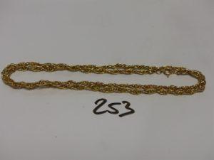 1 collier maille torsadée en or (L65cm). PB 26g