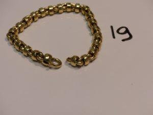1 bracelet maille fantaisie en or (L19cm). PB 19,7g