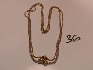 1 collier à 3 rangs 3 ors maille serpen t motif central orné de boules (L42cm). PB 14,3g