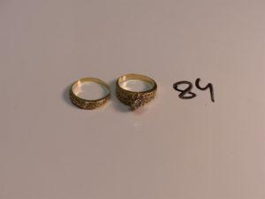 2 bagues en or ornées de pierres (1 chaton vide, Td56). PB 6,3g