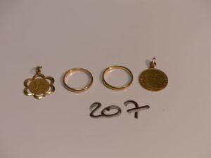 2 alliances en or (Td53/54) 1 médaille de la vierge en or et 1 breloque pièce de 10Frs en or. PB 9,9g