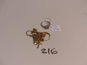 1 lot casse or et petites perles. PB 6,4g + 1 bague cassée en alliage 9K (1,6g)
