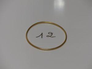 1 bracelet jonc en or (diamètre 6,5cm). PB 15,4g