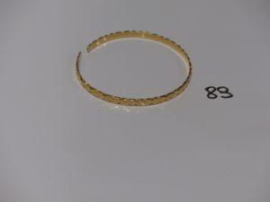 1 bracelet cassé en or. PB 13,7g