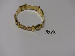 1 bracelet maille articulée en à décor de 3 motifs style Versace (L21cm). PB 48,5g