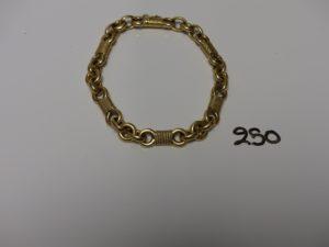 1 bracelet en or maille jaseron alternée avec maille en forme de noeud (L20cm). PB 37g