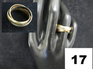 1 Alliance en or trois brins ( TD 50). PB 6,5g