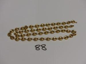 1 chaine maille grain de café en or (L57cm, fermoir à fixer). PB 27,9g