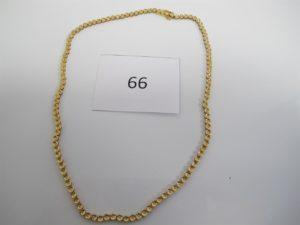1 Collier chenille en or orné de petits diamants(L38cm).PB 20,3g.