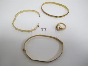 1 Lot de bijoux en alliage 14k brisés etusagés(1 chevalière,3 bracelets). PB 34,6g.