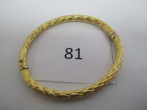 1 Bracelet jonc torsadé ouvrant en or (D6cm).PB7,6g.