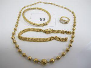1 Lot de bijoux en or cassés et usagés composé de 1 bracelet maille americaine brisé,1 bague manque pierre,1 collier maille boules écrasées,1 bracelet ouvrant torsadé écrasé.PB 29,7g.